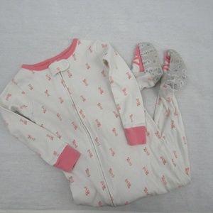 👶 Carters footsie pajamas (3/$10)
